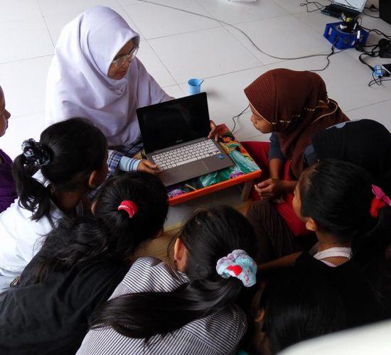 Kursus Komputer Gratis Kelas Anak-anak