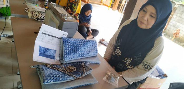 Ibu Berdaya Kampoeng Wisata Bisnis Tegalwaru